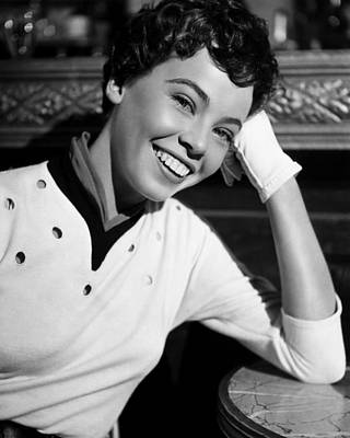 1951 Movies Photograph - An American In Paris, Leslie Caron, 1951 by Everett