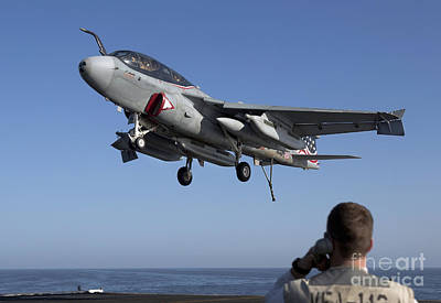 Prowler Photograph - An Ea-6b Prowler Omes In For An by Gert Kromhout