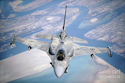 An Emirati F-16 Conducts A Training Art Print by Stocktrek Images