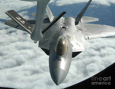 An F-22a Raptor Refuels With A Kc-135 Art Print by Stocktrek Images