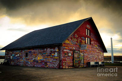 Photograph - Anderson Barn At Dusk by Mark David Zahn