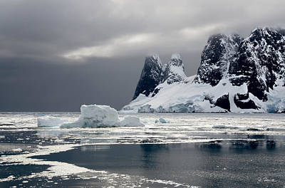 Photograph - Antarctic No. 1 by Joe Bonita