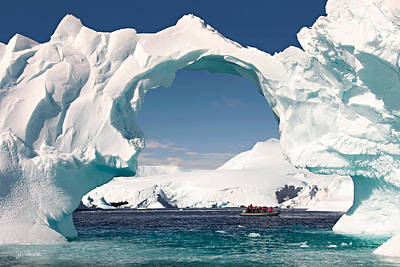 Photograph - Antarctic No. 13 by Joe Bonita