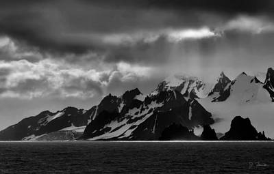 Photograph - Antarctic No. 6 by Joe Bonita