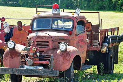 Photograph - Antique Firetruck by Teresa Blanton