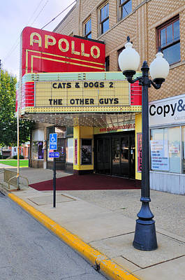 Apollo Theatre, Princeton, Illinois, Usa Print by Bruce Leighty