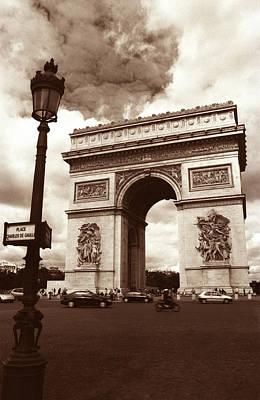 Arc De Triomphe Art Print by Kathy Yates