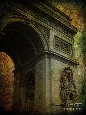 Photograph - Arc De Triomphe by Lee Dos Santos