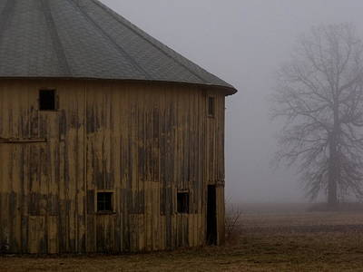 Indiana Landscapes Photograph - Around The Corner by Ed Smith