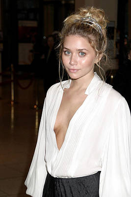 Ashley Olsen At Arrivals For Stars Art Print by Everett