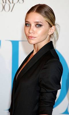 Ashley Olsen At Arrivals For The 25th Art Print by Everett