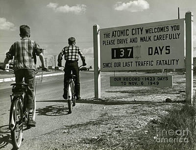 Atomic City Tennessee In The Fifties Art Print by Tom Hollyman and Photo Researchers