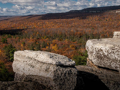 Shawanagunk Mountains Photograph - Autumn In The Gunks by Jim DeLillo