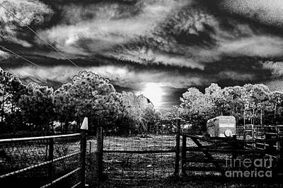 Photograph - Bad Moon Rising by Don Youngclaus