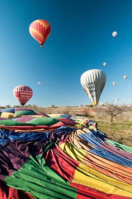 Ballons - 5 Art Print by Okan YILMAZ