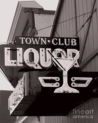 Photograph - Barhopping At The Town Club 1 by Lee Craig