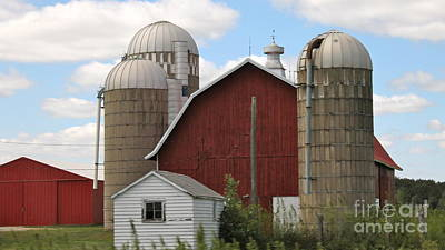 Photograph - Barn And Silos by Pamela Walrath