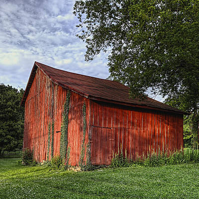 Barn At Avenel Plantation - Bedford Va Art Print by Steve Hurt