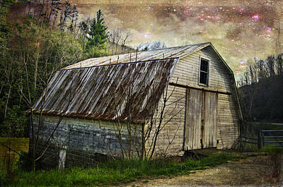 Barn At Twilight Art Print