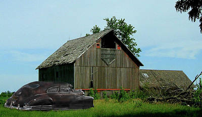 Photograph - Barn Find by Bill Dutting