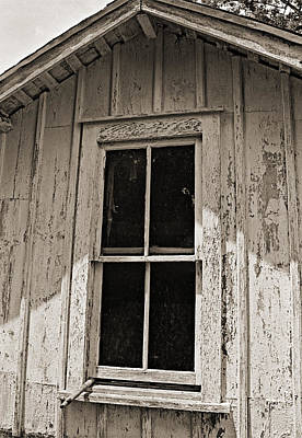 Photograph - Barn Window In Elkins Park Pa 1992 by Julie VanDore
