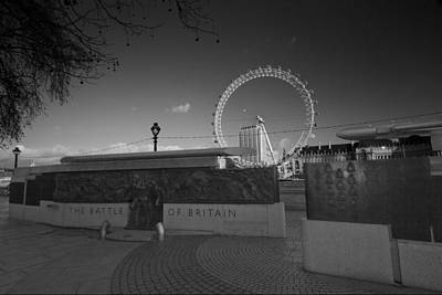 London Skyline Royalty-Free and Rights-Managed Images - Battle of Britain war memorial by David French