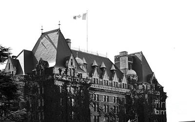 Photograph - Bc Parliament by Traci Cottingham
