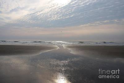 Photograph - Beach Glow by Ed Lukas