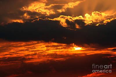 Photograph - Beaming Sunset 2 by Susan Stevenson