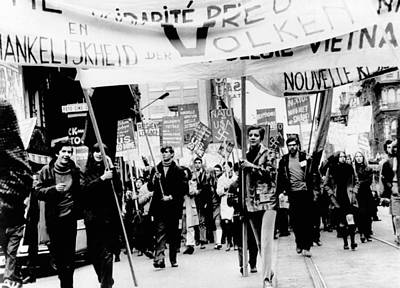 Anti-war Photograph - Belgium Demonstrators March by Everett