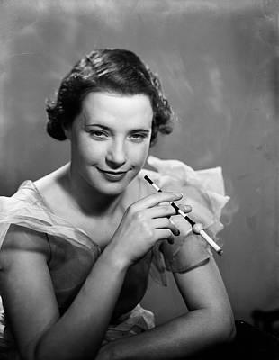 Cigarette Holder Photograph - Belisha Holder by Fox Photos