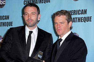 Ben Affleck Wall Art - Photograph - Ben Affleck, Matt Damon In Attendance by Everett