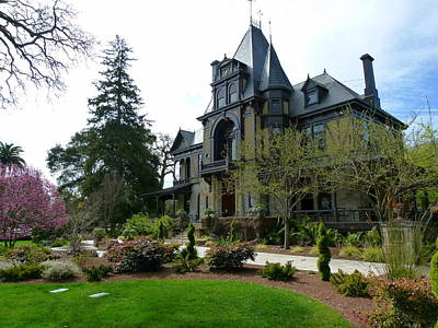 Photograph - Beringer Brothers Winery Mansion by Jeff Lowe