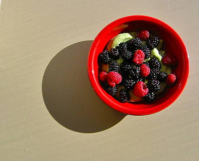Photograph - Berry Bowl by Sarah Gayle Carter