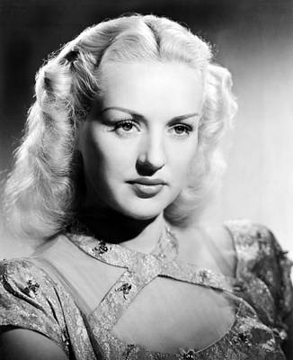 Colbw Photograph - Betty Grable, 1947 by Everett