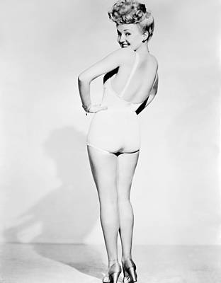 Colbw Photograph - Betty Grable, World War II Pin-up by Everett