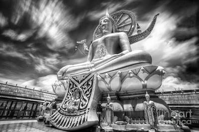 Big Buddha In Wat Phra Yai Temple Original by Anek Suwannaphoom
