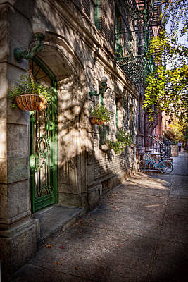 Photograph - Bike - Ny - Greenwich Village - The Green District by Mike Savad
