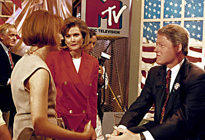 Bill Clinton, Being Interviewed Art Print by Everett