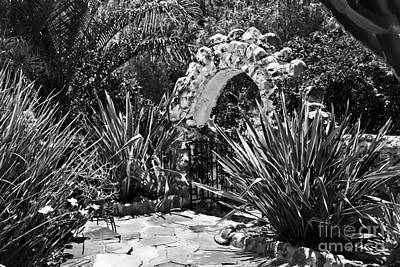Photograph - Black And White Mexican Patio With Stone Arbor San Diego California Usa by Sherry  Curry