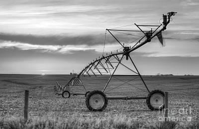 Photograph - Black And White Pivot by Art Whitton