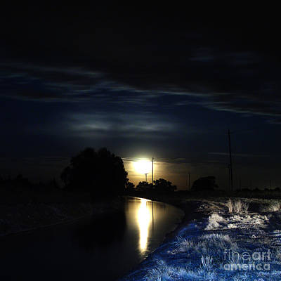 Photograph - Black Butte Canal by Peter Piatt