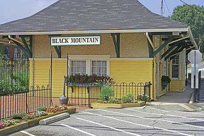 Art Print featuring the photograph Black Mountain Train Depot by Lou Belcher