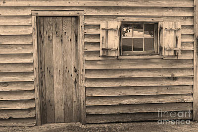 Photograph - Blacksmith Shop by Suzanne Gaff