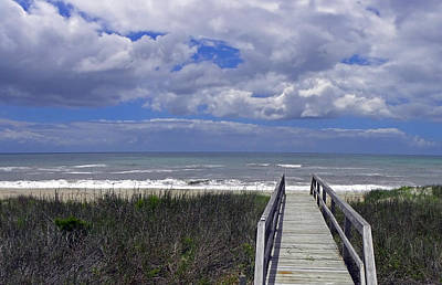 Boardwalk To The Beach Art Print by Sandi OReilly