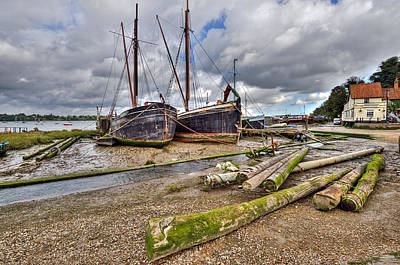 Photograph - Boats And Logs At Pin Mill by Gary Eason