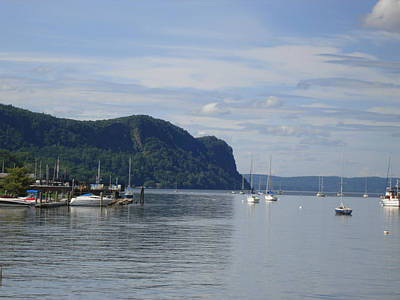 Photograph - Boats In Hudson River  by Viola El
