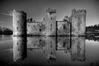 Bodiam Castle In Mono Art Print by Mark Leader