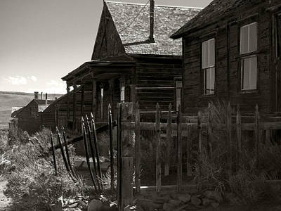 Bodie Cabins 3 Art Print by Philip Tolok
