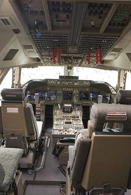 Boeing 747-8 Flight Deck Art Print by Mark Williamson